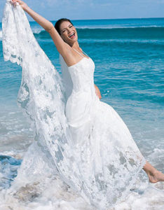 summer-beach-wedding-dress